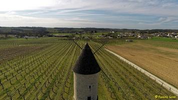 Photos prises par drone - Moulin à vent de Marquet du XVIII siècle (49)_GF
