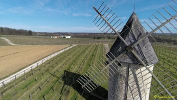 Photos prises par drone - Moulin à vent de Marquet du XVIII siècle (52)_GF