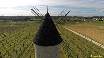 Photos prises par drone - Moulin à vent de Marquet du XVIII siècle (56)_GF