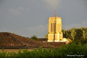Soleil sur le clocher ...