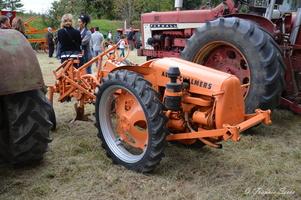 Tracteurs anciens