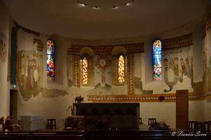 L'église romane d'Allemans du Dropt présente la particuritalité d'abriter de superbes fresques des XVe et XVIe siècles classées monument historique