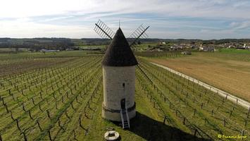 Photos prises par drone - Moulin à vent de Marquet du XVIII siècle (47)_GF