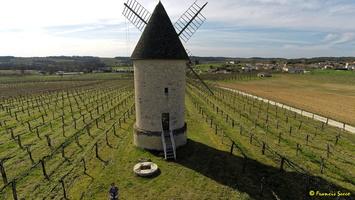 Photos prises par drone - Moulin à vent de Marquet du XVIII siècle (48)_GF