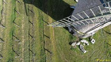 Photos prises par drone - Moulin à vent de Marquet du XVIII siècle (8)_GF